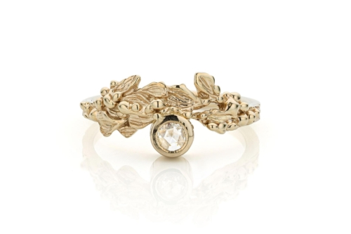 Ring in 18kt champagne wit goud met rosecut diamant